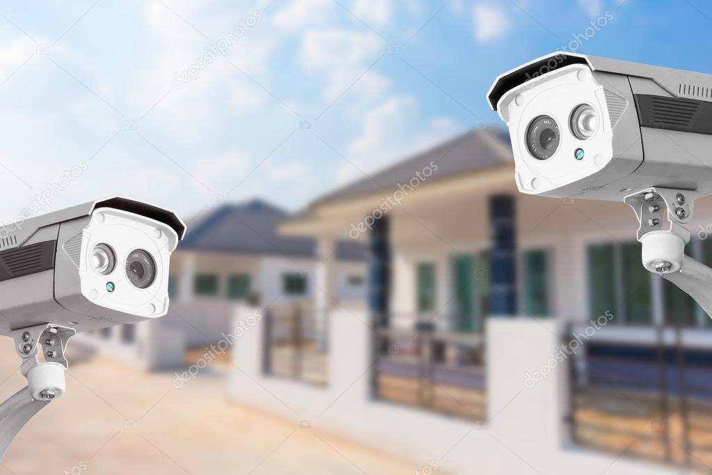 كاميرات مراقبة البيت